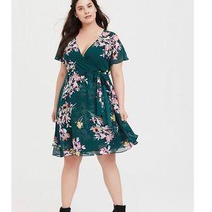 Torrid Green Floral Chiffon Wrap Dress size 2X